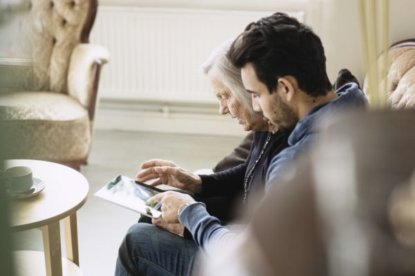 looking after someone with dementia at home